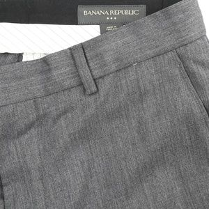Banana Republic Flat Front Non Cuffed Dress Pants